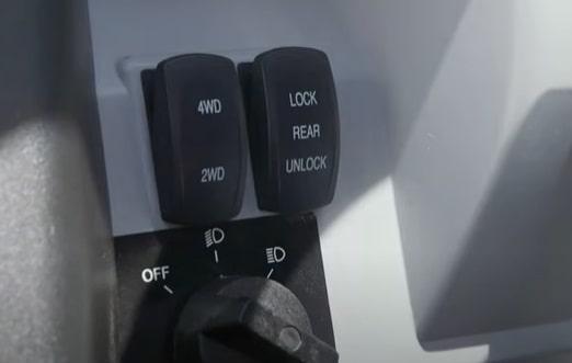 tracker side by side switch